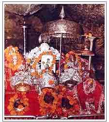 Maa Vaishno Devi - Pindis